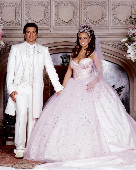 Wedding gowns worst Wedding Guests: